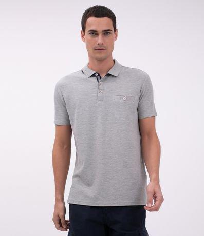 Camisa Polo Regular com Bolso e Botão