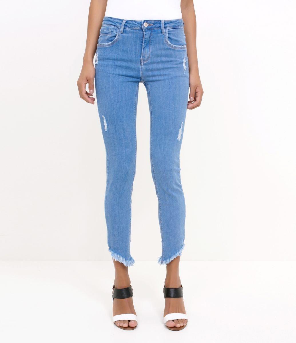 35dab8187 ... Jeans · Skinny e Superskinny; Calça Skinny com Barra Desfiada. Brinde