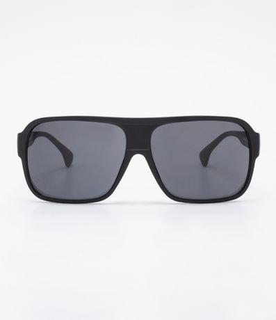 0657cceb72dd4 Brinde. Detalhes. Óculos de sol masculino  Modelo quadrado  Hastes em  acetato  Lentes fumê  Proteção contra raios UVA   UVB  Acompanha um estojo  ...