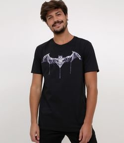 Camiseta com Estampa - Brilha no Escuro