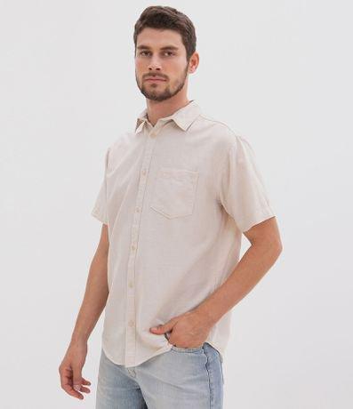 Camisa Comfort Manga Curta com Bolso