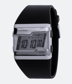 2f903276a92ca Relógios Masculinos e Chinelos Mormaii - Renner