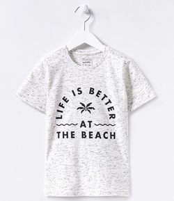 Camiseta Estampa Life Is The Better At The Beach - Tam 5 a 14 anos