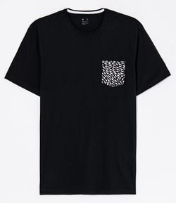 Camiseta Estampa Mini Tubarões no Bolso