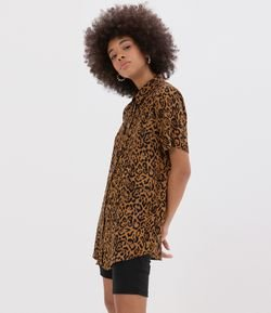 Camisa Animal Print Manga Curta