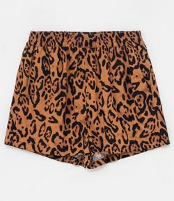 Short Estampa Animal Print com Bolsos
