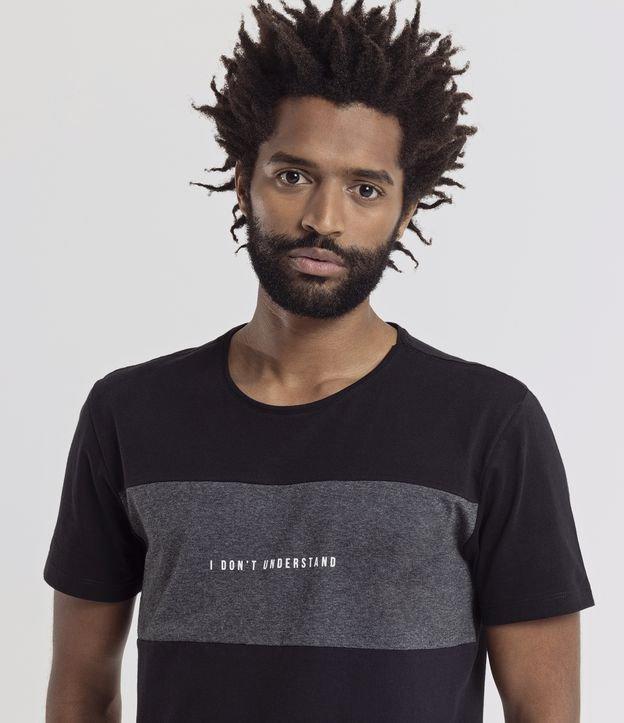 Camiseta Slim com Recorte Estampa I Don't Understand | Request | Preto | P