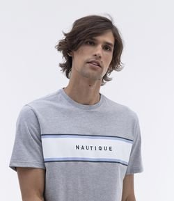 Camiseta Comfort Fit Estampa Nautique