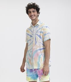 Camisa Manga Curta Estampa Tie Dye Light em Viscose