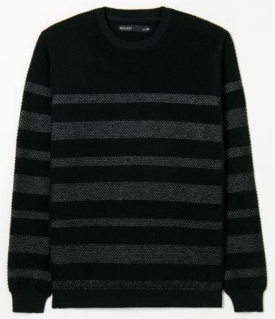 Suéter em Tricô com Listrado