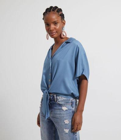 Camisa Lisa com Botões e Amarração