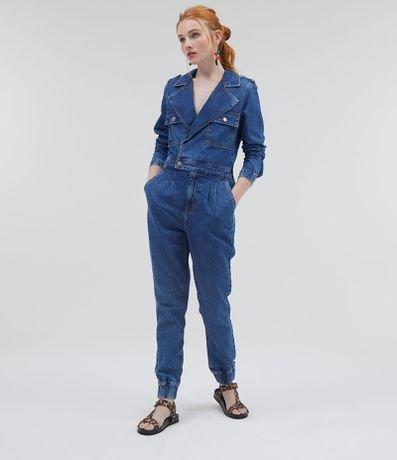 Macacão Jeans com Botões e Bolsos