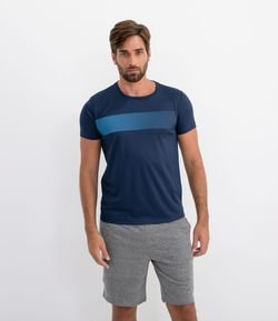 Remera Deportiva con Estampa Frontal