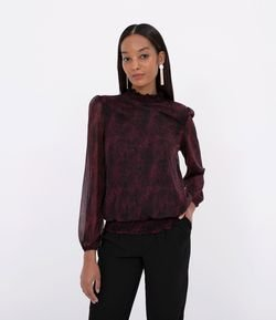 Blusa Manga Larga Estampa Animal Print con Cuello Alto