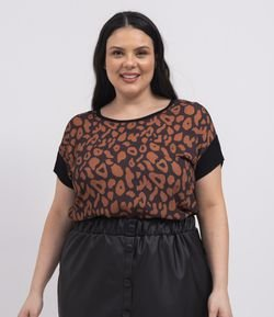 Blusa Manga Curta Estampa Frontal Animal Print Curve & Plus Size