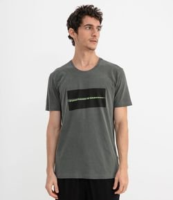 Camiseta com Estampa