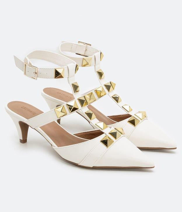 Sapato Bico Fino com Tachas Satinato   Satinato   Branco   36